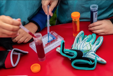 Children making pipette art